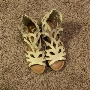 New without tag. Esprit Sandals Size 6.5